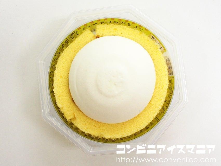 ウチカフェスイーツ プレミアムロールケーキアイス