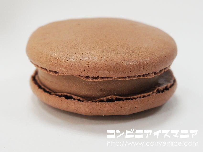 セブンプレミアム チョコレートマカロン アイス
