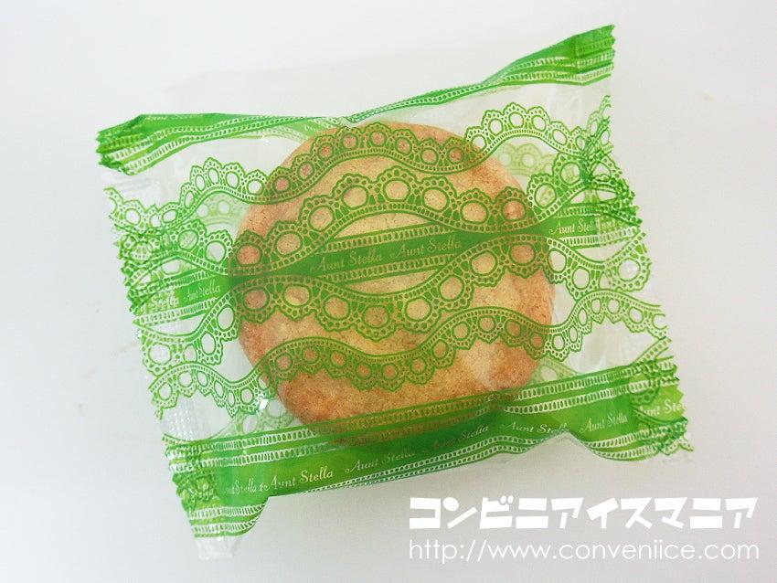 森永製菓 ステラおばさんのクッキーサンドアイス マカダミア