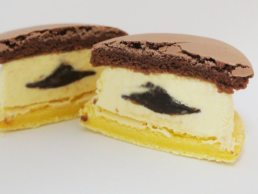 セブンプレミアム チョコバナナ マカロンアイス