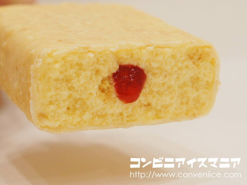 赤城乳業 不二家ホームパイ 苺のミルフィーユ風アイス