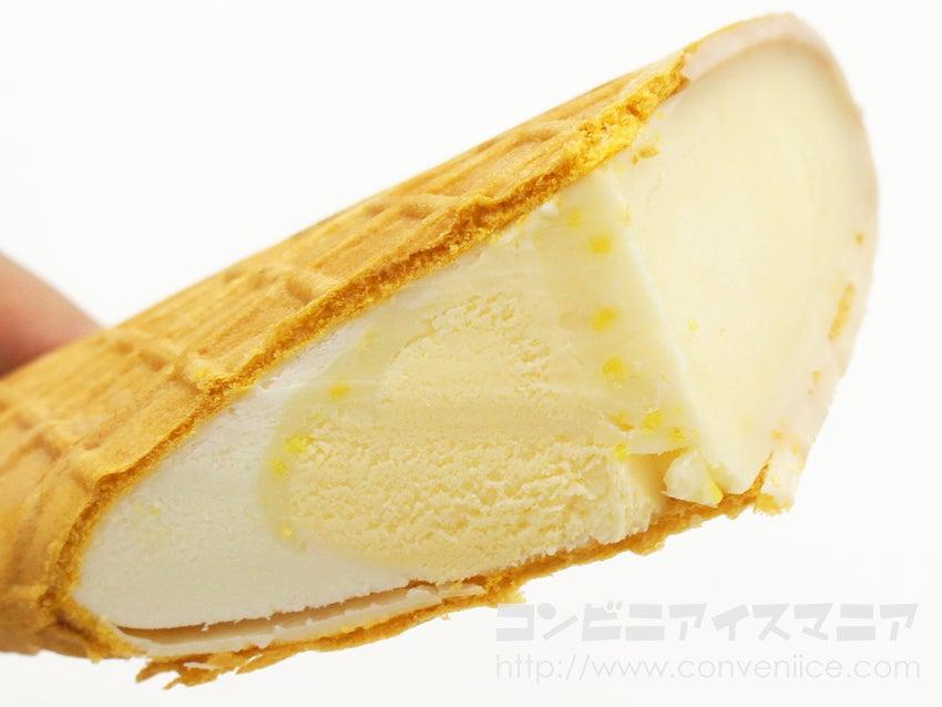 ロッテ ザクリッチ 2つのチーズケーキ味