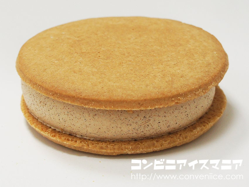 森永製菓 シナモン好きの私がつくるビスケットサンドアイス