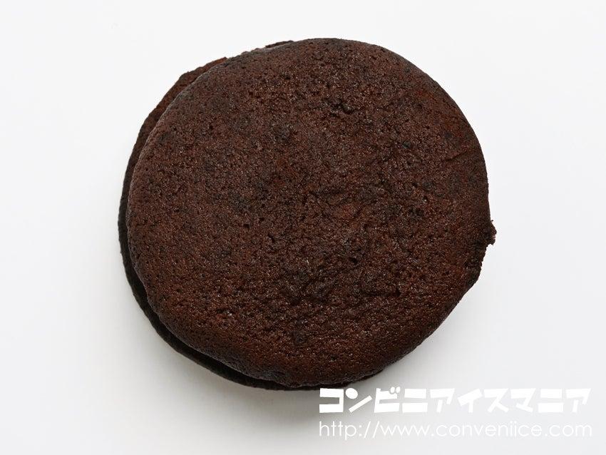 森永製菓 チョコ好きのためのブラウニーサンドアイス