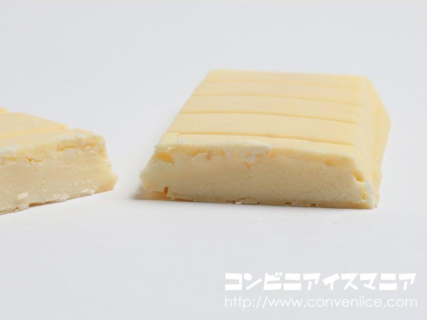 森永製菓 板チョコアイス ザクザクホワイト