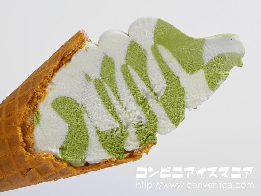 ロッテ ワッフルコーン 旨み宇治抹茶&ミルク